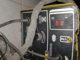 VENDO SOLDADORA ELECTRICA (POCO USO)