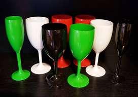 Copas plasticas x 8 unidades. Colores