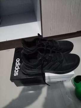 Zapatillas adidas en perfecto estado
