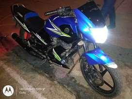 Se vende moto ybr 125 ss