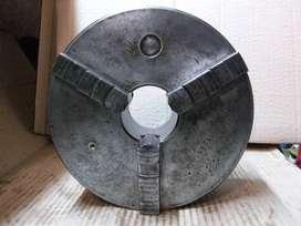 Plato para torno 3 mordazas autocentrante 200mm