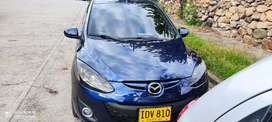 Se vende hermoso Mazda 2 modelo 2015 mecanico