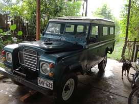 VENDO CAMIONETA PANEL LAND ROVER AÑO 1978