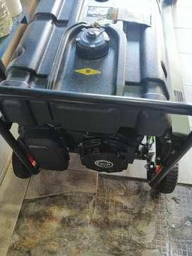 Planta eléctrica a gasolina bauker