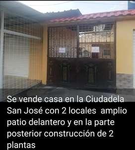 Casa en la San José por el banco Pichincha