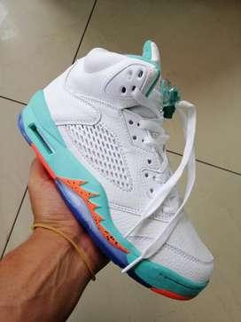 Tenis en Bota Nike Jordán Dama
