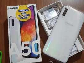 Vendo samsung Galaxy A50 libre 64GB un mes de uso