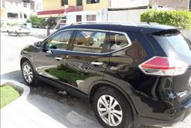 Vendo SUV Nissan Xtrail semifull