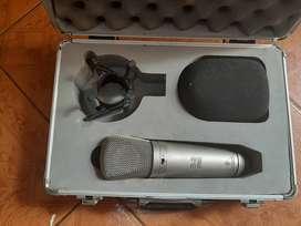 Beringher b2 pro  microfono