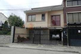 Casa rentera de venta en Cuenca sector Quinta Chica Baja