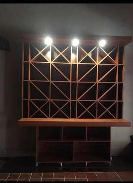 Vendo Vinoteca con Luz y Mueble para bar