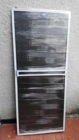 Diviciones en Aluminio Y Acrilico Baño