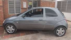 Vendo Ford ka modelo 2006 en excelentes condiciones mecánicas.