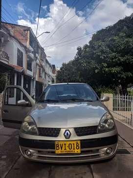 Hermoso Renault CLIo 10 de 10