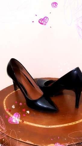 Vendo zapatos altos # 36