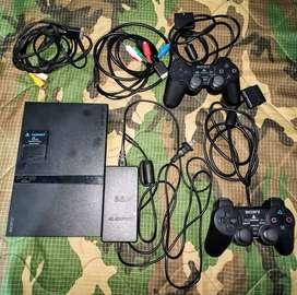 PlayStation 2 Slim + 2 Controles + Memory Card + Películas