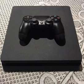 Vendo PS4 (500gb). Impecable. 1 Joystick. PES 18.
