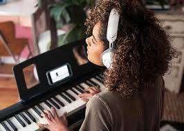 Las mejores clases de teclado están en ALMAENFURIA