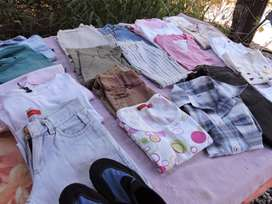 Lote de ropa de niñxs usada. Talles 8-9-10.