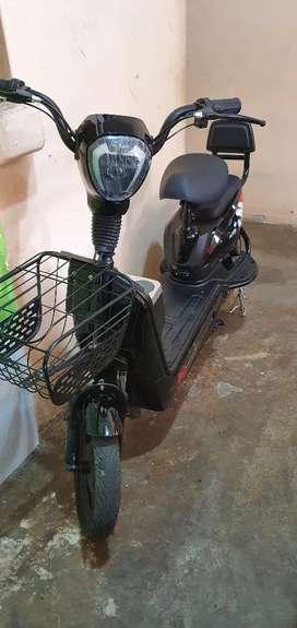 Scooter tipo motoneta