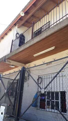 Vendo duplex y casa en Rafael Calzada