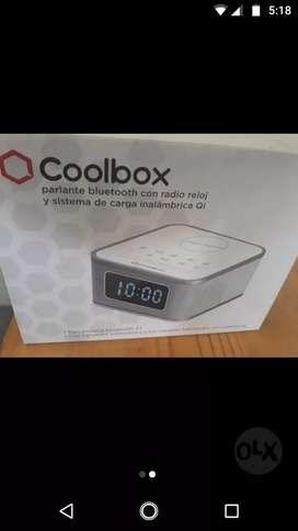 Reloj Digital con Carga inalámbrica para celular
