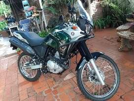 Yamaha Tenere 250 Adventur tomo dolar blue, permuto