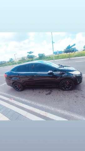 Vendo Ford Fiesta 12011