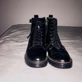 Botas negras karibik talla:37