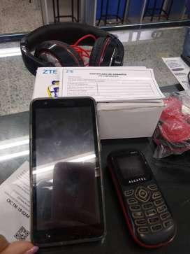 Celular ZTE con Accesorios
