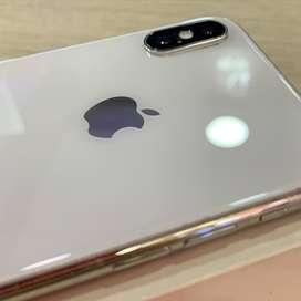 Vendi hermoso iphone x de 64 gb sin face id muy economico