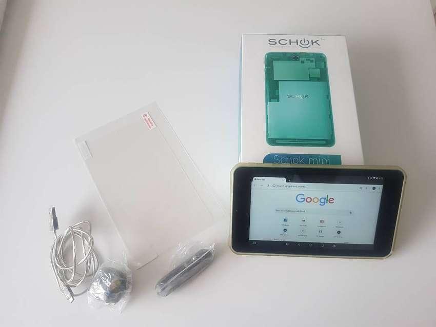 Tableta Schok 7 pulgadas, 16GB memoria, 2GB RAM, HD de 1280 x 800 píxeles