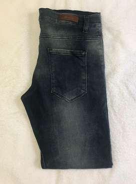 Vendo jeans hombre
