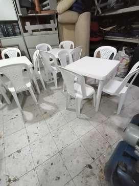 Mesas con cuatro sillas rimax