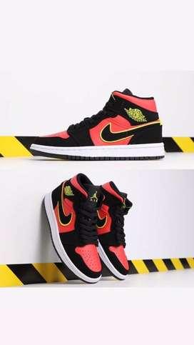 Nike Air Jordan talle us 9,5