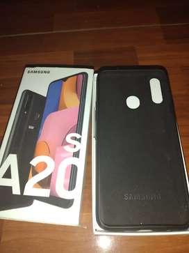 Sansung A20s solo tiene días de uso esta 10/10