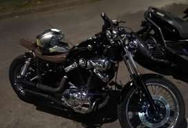 Vendo linda Moto full de todo. Excelente estado yamaha virago personalizada