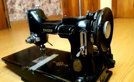 Maquina de coser Singer Vintage - Decorativa