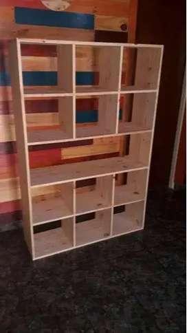 mueble de pino para dividir ambiente  hermoso!