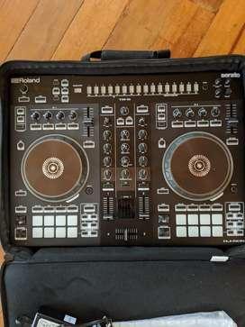 Controlador dj ROLAND DJ 505  nuevo + estuche original Roland nuevo