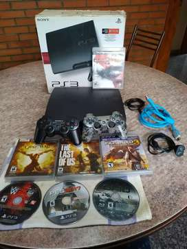 PS3 SLIM 250GB 2 JOYSTICK CON 7 JUEGOS FISICOS EN CAJA IGUAL A NUEVA
