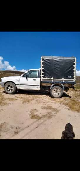 Se vende camioneta con carrocería