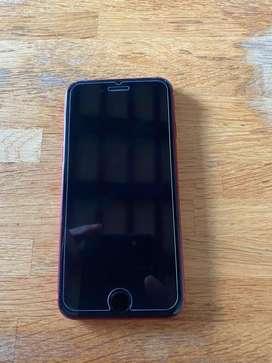 Se vende en excelentes condiciones iphone 8 rojo edicion especial