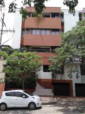 Confortable apartamento en zona exclusivamente residencial - Altico