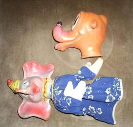 Títeres vintage de goma. Pluto y Dumbo.