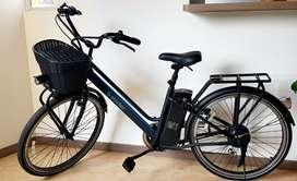 Bicicleta eléctrica Starker Urban ST - Negro Azul 2020