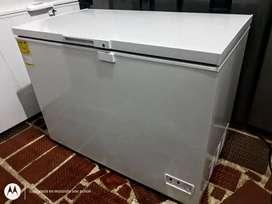 Vendo hermoso tanque congelador inducol como nuevo solo días de uso. 300 litros