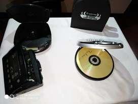 Se vende 2 MP3 con un porta CD y un walkman Sony