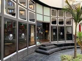 ALQUILO EXCELENTE LOCAL COMERCIAL en galería