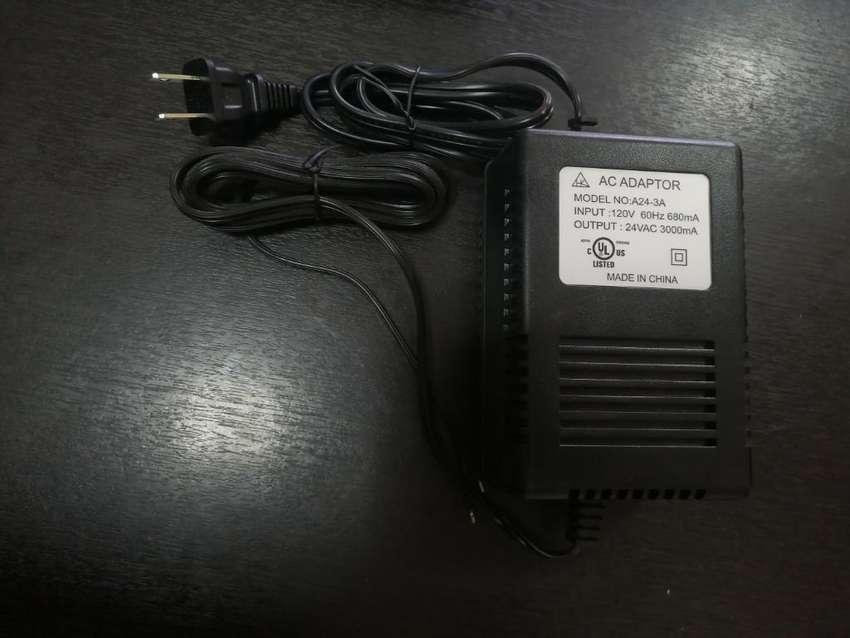 Cargador 120v 680ma 0